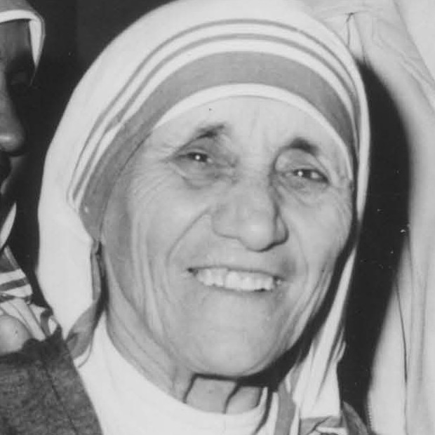 Kay_Kelly_of_Liverpool_&_Mother_Teresa_in_1980_(cropped)